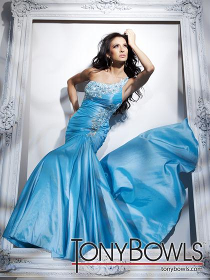 Tony Bowls Le Gala 112529 at Prom Dress Shop