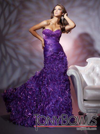 Tony Bowls Le Gala 112554 at Prom Dress Shop