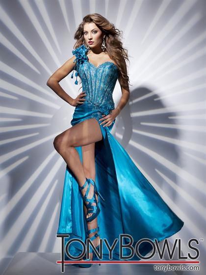 Tony Bowls Paris 112715 at Prom Dress Shop 