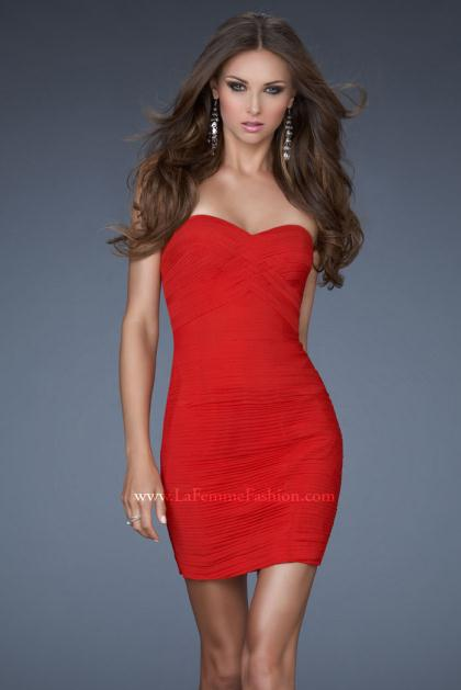 Related Keywords & Suggestions for Short Tight Red Prom Dresses