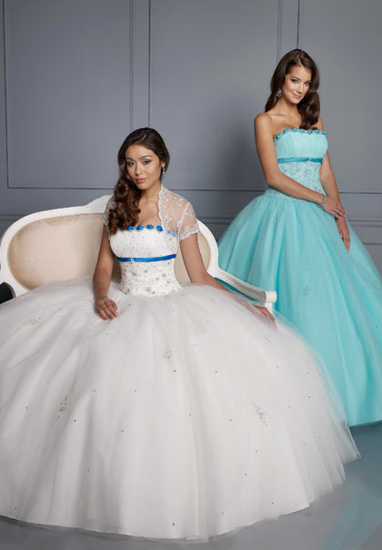 Vizcaya 86061 at Prom Dress Shop