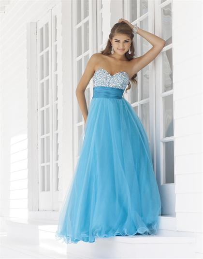 2012 Sweetheart Neckline Prom Dress by Blush 5110