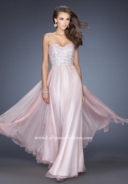 Prom Dresses  Ball Gowns  Prom Gowns  PrettyLittleThing