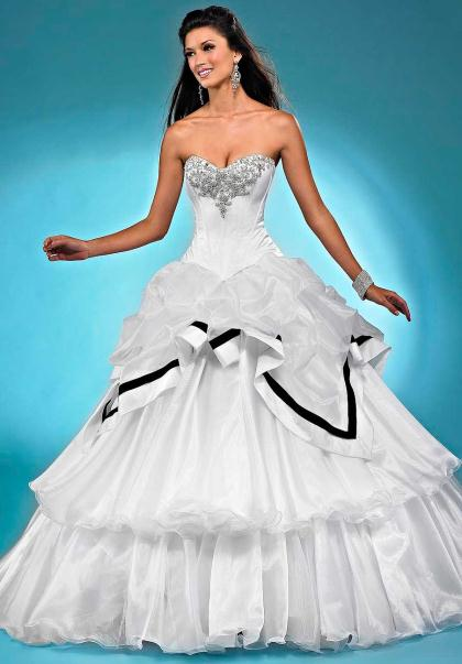 Landa Quinceanera AQ13 at Prom Dress Shop