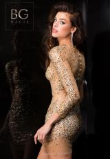 BG Haute G3229.  Available in Black, Gold