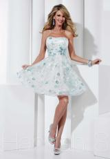 Hannah S 27833.  Available in White/Mint, White/Pink