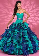 Landa Quinceanera
