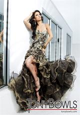 Tony Bowls Evenings TBE11209.  Available in Black/Gold