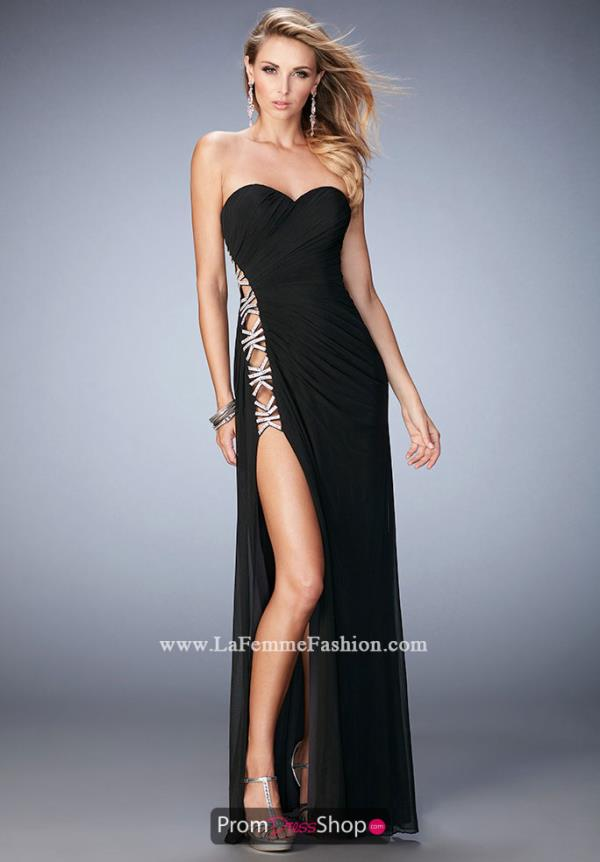 Sweetheart Neckline Fitted La Femme Dress 22125