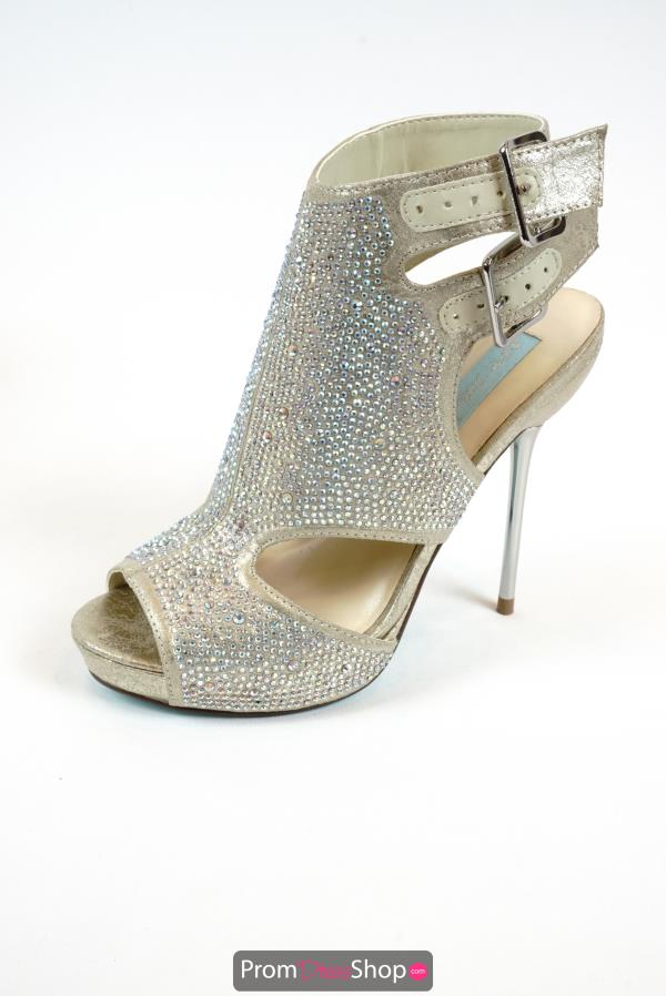 Betsey Johnson Style SB-Crepe Covered Heels