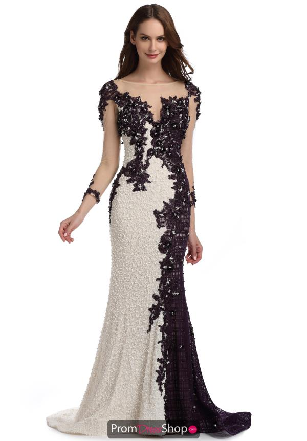 Romance Couture Fitted Lace Dress RM6124