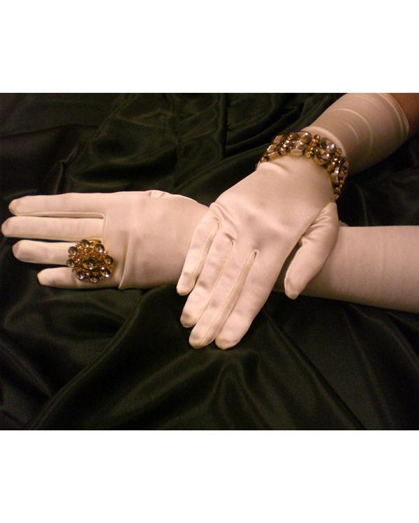 Dramatic Long Matte Ivory Gloves