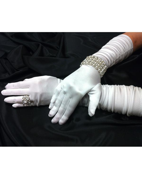 Scrunchy Charming White Gloves