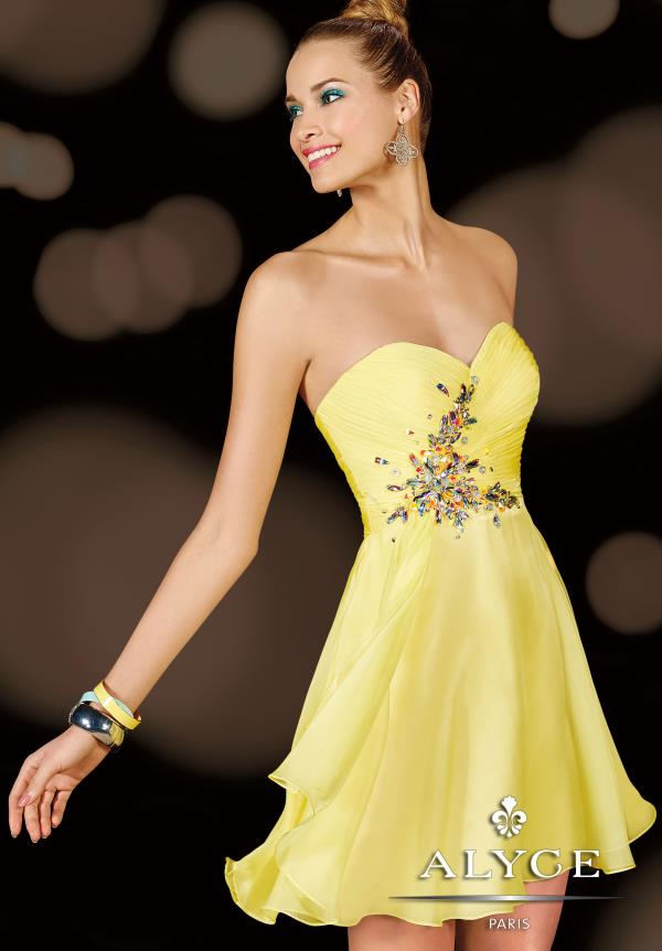 Alyce Short Flowy Strapless Dress 3632
