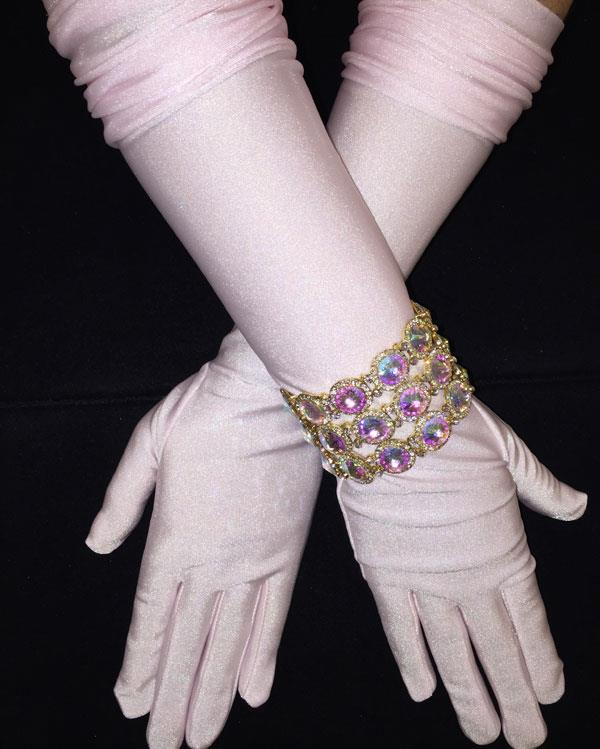 Elegant Matte Light Pink Gloves